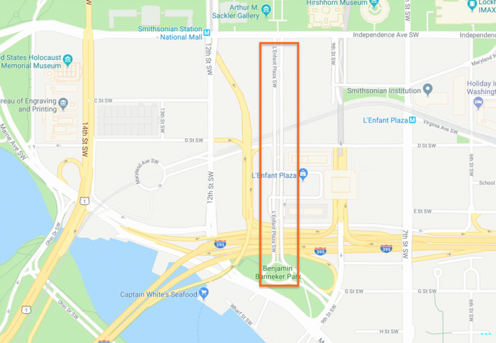 The orange rectangle shows the stretch of 10th St in question.